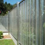 Sichtschutzzaun Inox mit Lochblechfüllung Aluminium